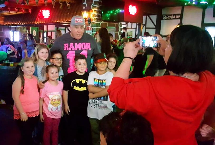 Ramon lässt die Pänz Tanzen