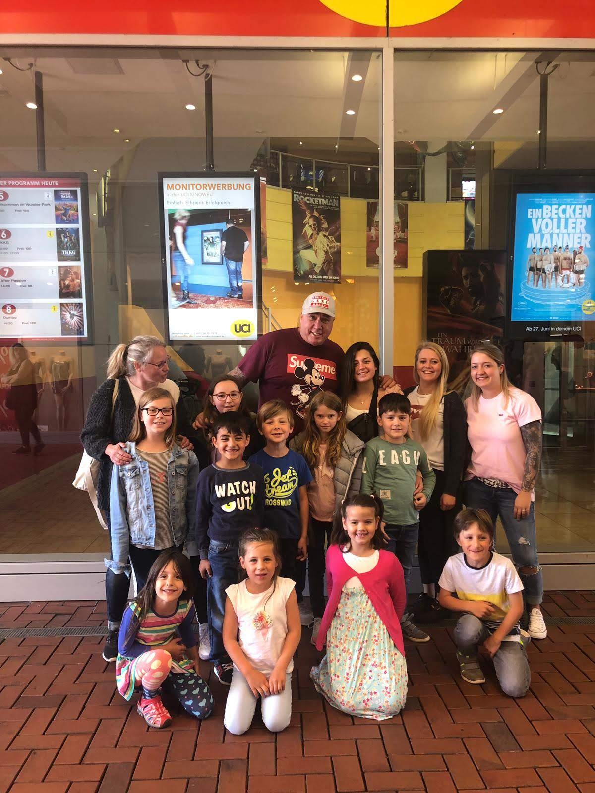 UCI Hürth - Aladdin 2019  mit 80 Kindern anschauen